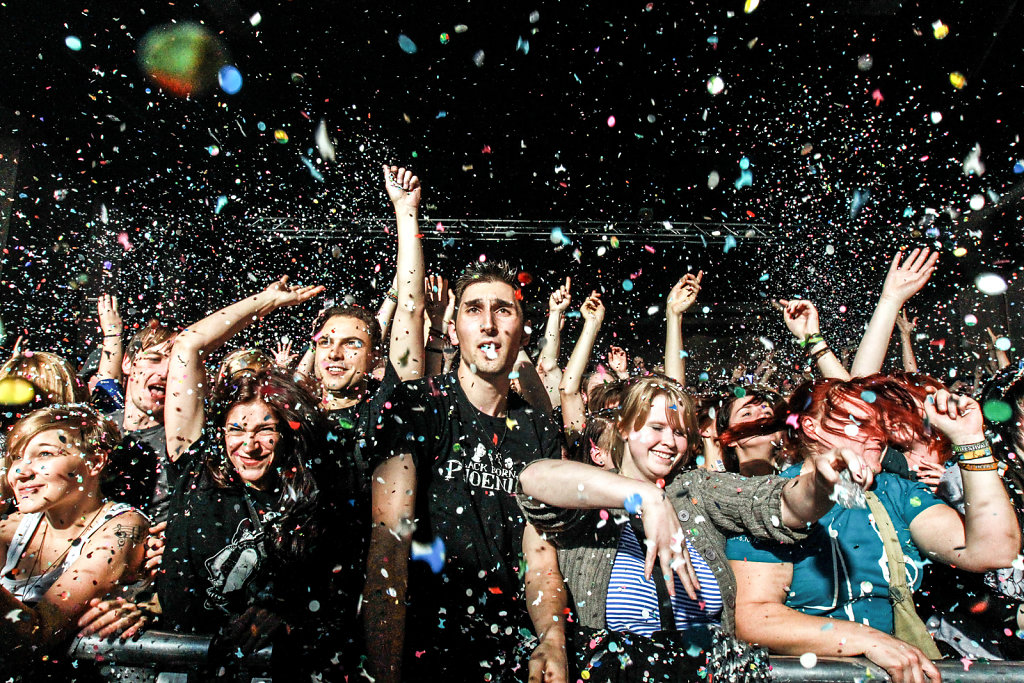 publikum-konfetti.jpg