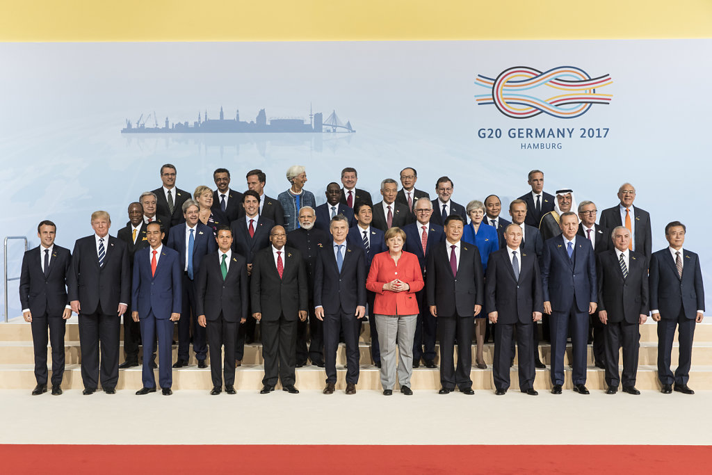 Family picture at G20 summit in Hamburg 2017.